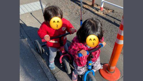 ワンオペで双子を三輪車で連れ出す